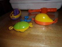 #8023 BATHTIME FISHING SET NEW. 12 MONTHS UP. in Fort Hood, Texas